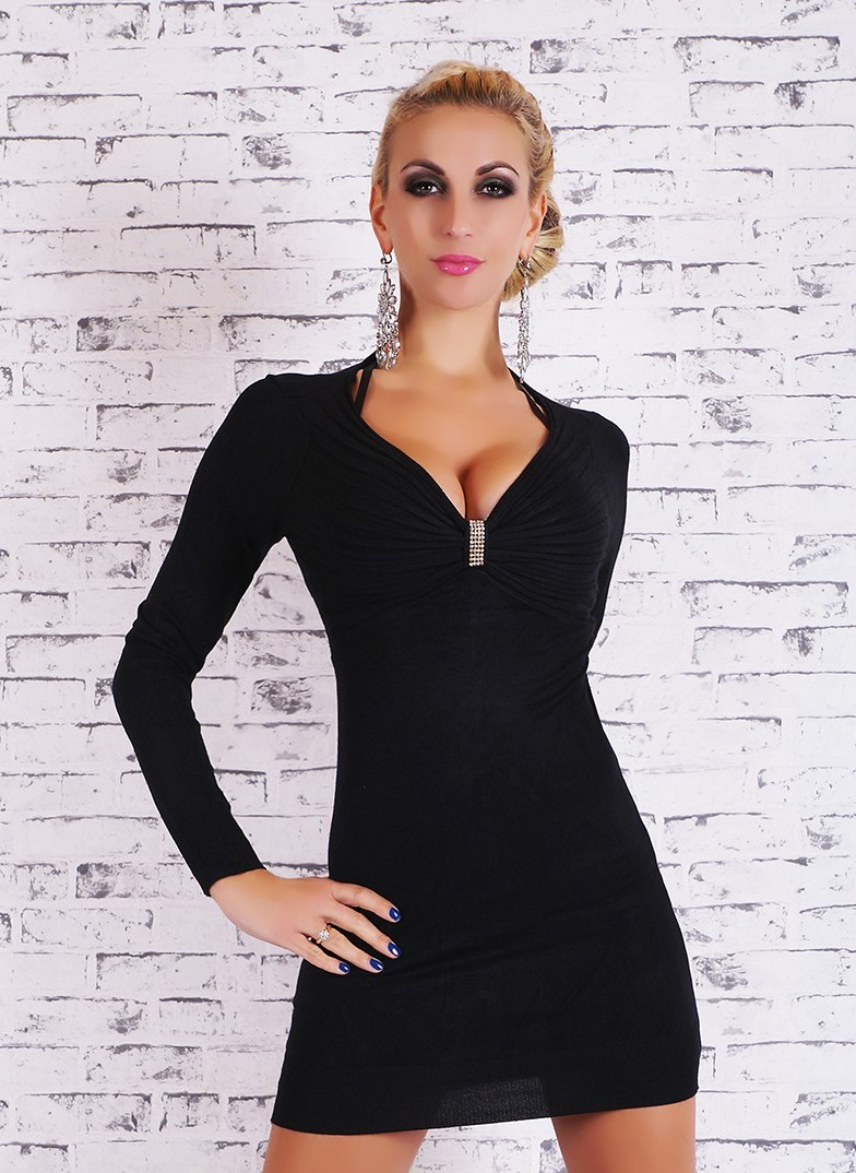 dbd4532bc0a Černé dámské svetrové šaty